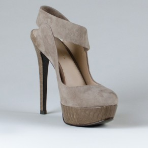 Hall Suede Pump